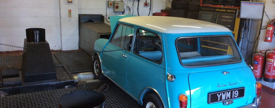 Mini-Cooper S-Rolling-Road